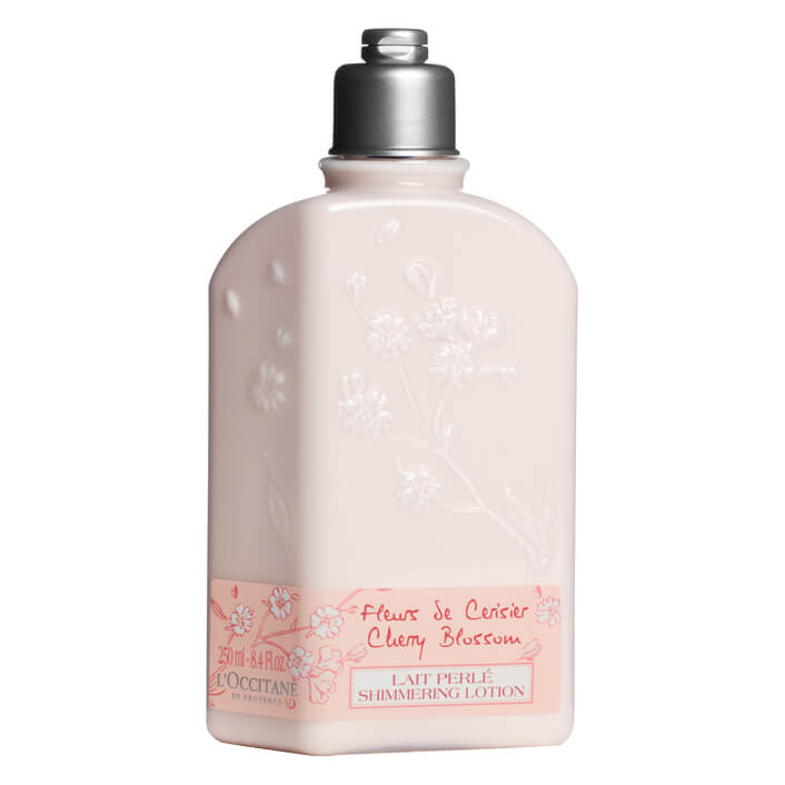 L'Occitane Cherry Blossom Body Lotion (250ml) i gruppen Kropp & spa / Kroppsfukt / Body lotion hos Bangerhead.no (B002545)